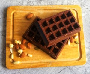Купить протеиновый шоколад. Шоколад с протеином в Украине и за границу. Белковый шоколад. Полезный шоколад без сахара